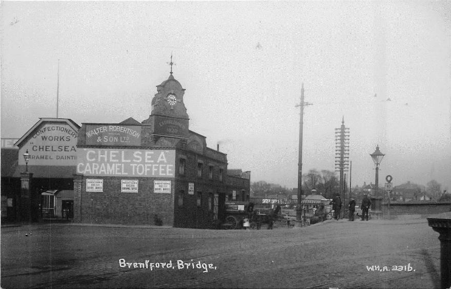 Brentford Bridge and Robertson factory, 1913 or 1914